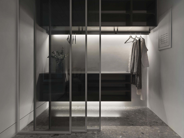 台中 分子室內裝修設計 - 單層電梯大樓 - 現代風住宅設計 - 全室舊屋翻新 - 玄關收納