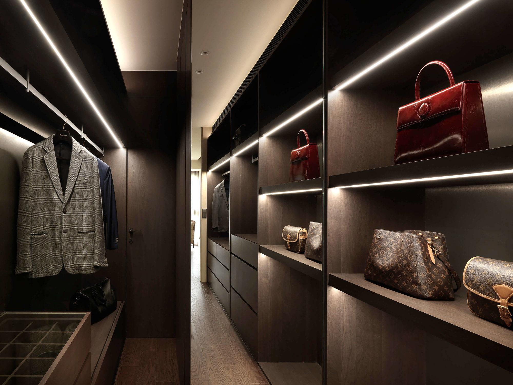分子室內裝修設計-台中七期現代風格-獨立更衣間、精品店抽拉格