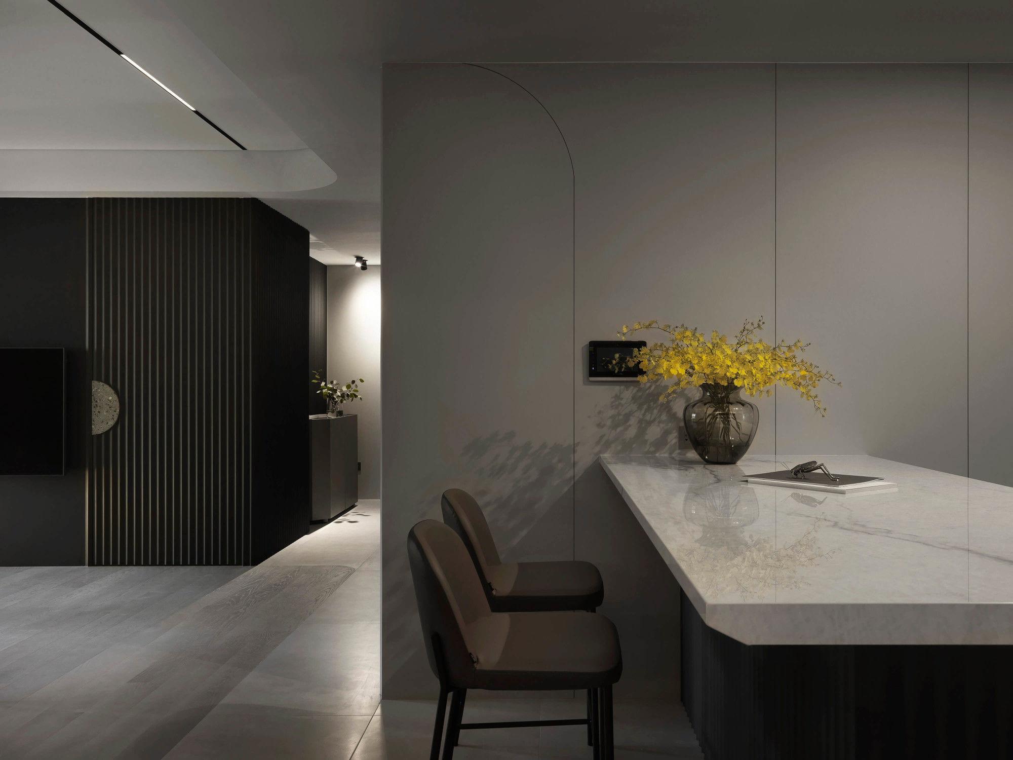 台中分子設計-現代風設計師-台中七期室內設計-電梯大樓整體規劃-客廳、中島設計、輕食區