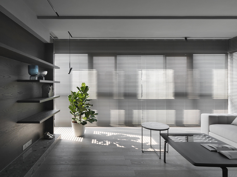 台中 分子室內裝修設計 - 單層電梯大樓 - 現代風住宅設計 - 全室舊屋翻新 - 客廳 - 電動百葉窗
